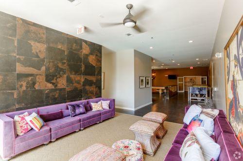 monarch---college-living-399-special-johnson-city-tn-interior-photo (1).jpg