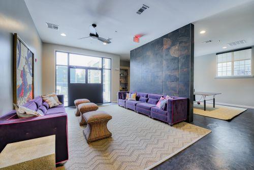 monarch-815---per-bed-leases-johnson-city-tn-building-photo (12).jpg